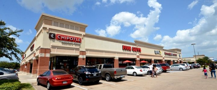 Retail Leasing at the Crossing at 288 in Pearland, TX